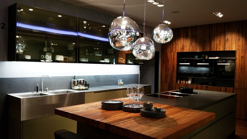 moderne k chen innenarchitektur linz ries prodesign. Black Bedroom Furniture Sets. Home Design Ideas